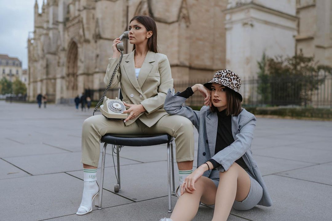 Costumes dans les dernières tendances de la mode 2021