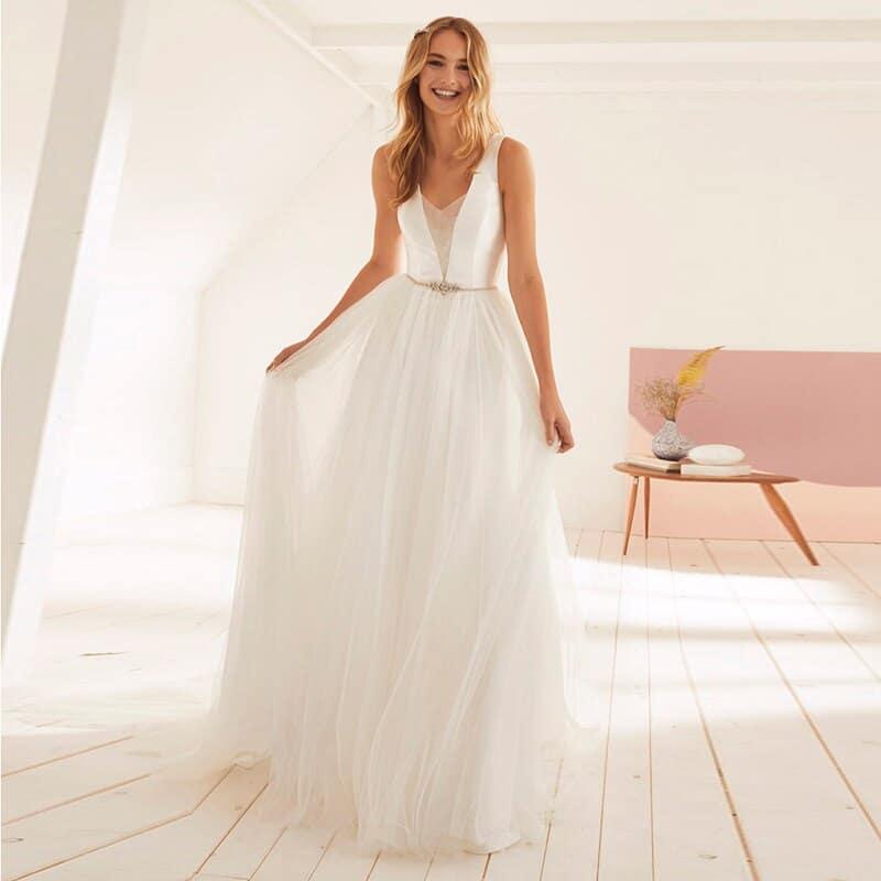 Robes de mariée en lin 2021